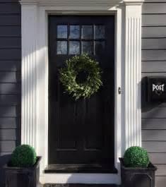 The Best Front Doors Best 25 Front Door Molding Ideas On Door Molding Diy Door Instalation And Entry Doors
