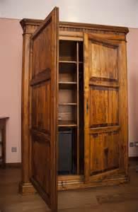 alter kleiderschrank stock photo 8923 wooden wardrobe or armoire