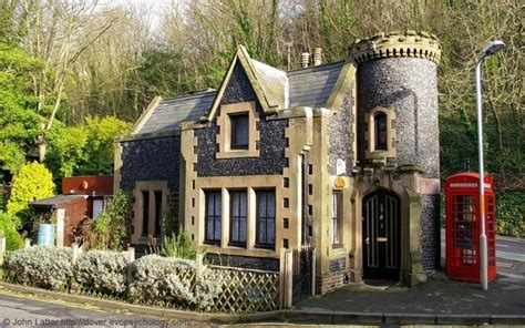 small houses that look like castles what are some of the best small houses in the world