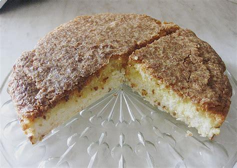 kuchen mit kokos polnischer kuchen mit kokos appetitlich foto f 252 r sie