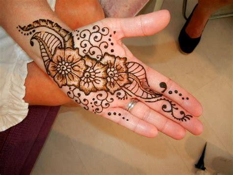 hand henna நண ப ண ட