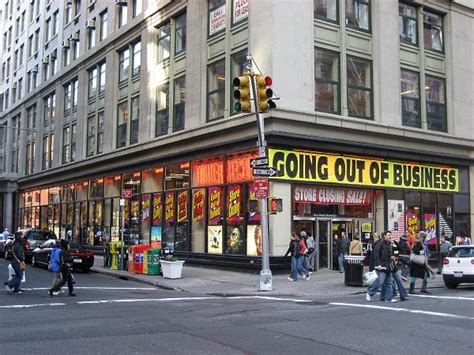 New York Records Tower Records New York Returns But You Cannot Buy Anything The Mike Johnson