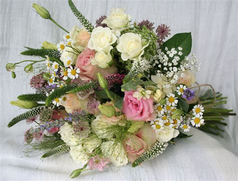 Wedding Flower Delivery by Devizes Flower Delivery And Wedding Flowers