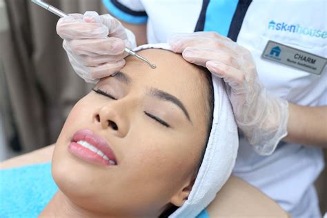 Collagen Pearl White collagen pearl white seaweed signature with peel skin house and laser