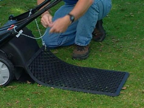 grass pattern roller how to mow designs into a lawn how tos diy