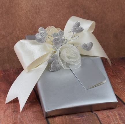 Wedding Gift Wrapping Ideas by Wedding Gift Wrapping Ideas Beautiful Wrapping Exles