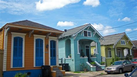new orleans colorful houses candy chang 187 neworleans shotgunhouses