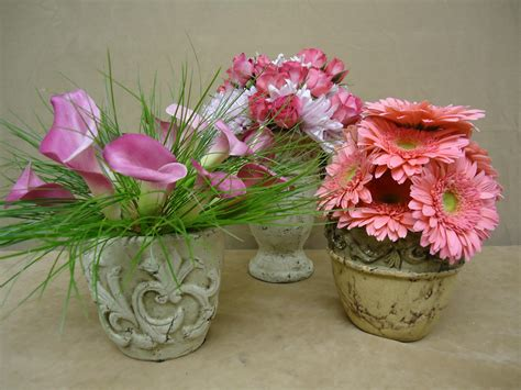 small floral arrangements home decor small floral centerpieces fresh and natural