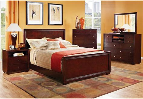 bedroom sets rooms to go shop for a hazlet 5 pc king bedroom at rooms to go find