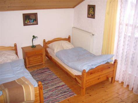 hund im schlafzimmer feriengut bauer ihr ferienholzhaus f 252 r urlaub mit hund