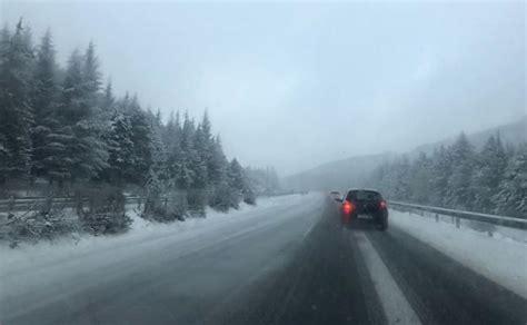 cadenas nieve obligatorias cadenas obligatorias en cuatro carreteras de granada ideal