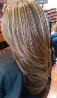medium lentgh hair with highlights and low lights light blonde highlights on medium brown hair hair and