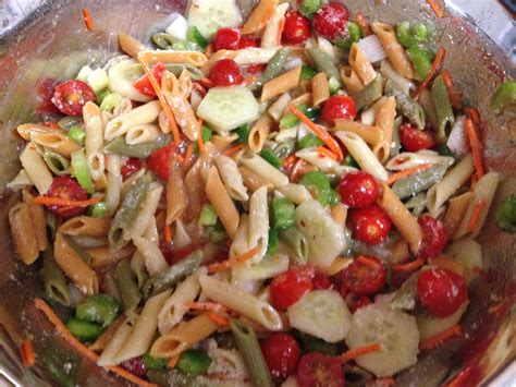 simple pasta salad recipe easy pasta salad recipe top notch mom