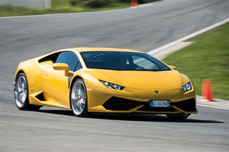 8 Awesome Car by 2015 Lamborghini Huracan 8 Cool Car Wallpaper