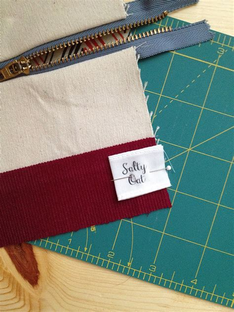 Handmade Fabric Labels - custom fabric labels tutorial spoonflower