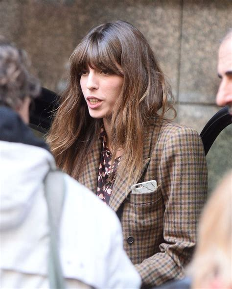 Features Lou Doillon By Cooper by ルー ドワイヨン のおすすめアイデア 25 件以上 ジェーン バーキン シャルロット