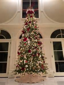 red white chagne christmas tree decorating ideas
