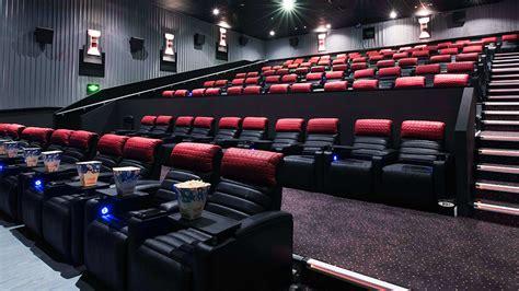 cineplex recliner seats houston does cinema have a problem travel leisure