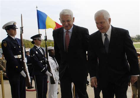robert gates wikipedia about teodor meleșcanu diplomat politician romania