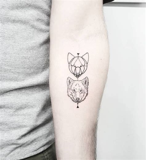 small wolf tattoo best 20 small wolf ideas on wolf