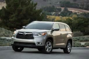 Toyota Hillander Drive 2014 Toyota Highlander Thedetroitbureau