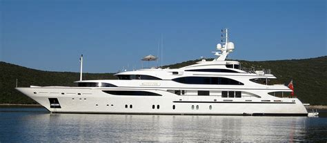 yacht boat photos superyachts celebrities and sydney harbour any boat