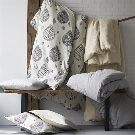percale bed sheets domino by the company store 174 artist leaf organic percale bedding goodglance
