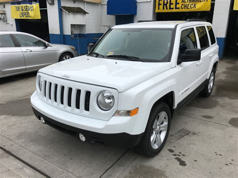 used jeep patriot used 2017 jeep patriot suv 16 990 00
