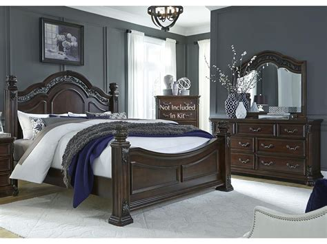 liberty furniture bedroom queen poster bed dresser and