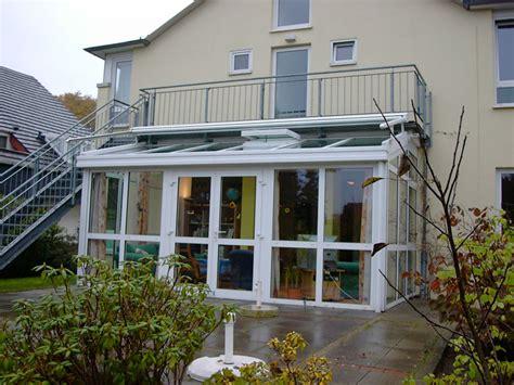 balkon zum wintergarten umbauen wintergarten auf balkon preise carprola for