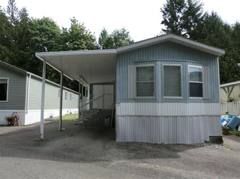 mobile home for sale by owner lake cowichan bc outside