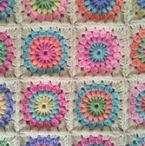 Patchwork Square Afghan - the patchwork starburst square afghan