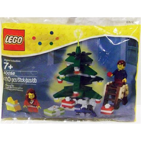 Lego 40058 Decorating The Tree Polybag lego polybags page 20