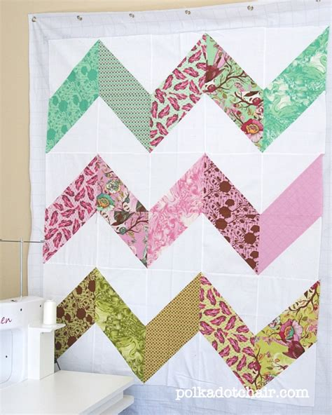 zig zag quilt pattern moda a finished zig zag quilt top the polkadot chair