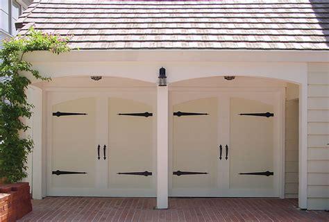 Garage Door Carriage by Carriage Garage Doors Garage Gallery