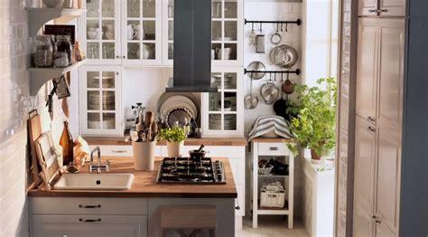 White country kitchen   Interior Design Ideas.