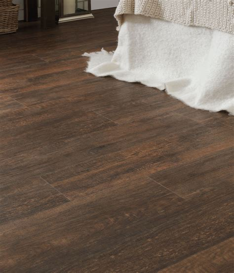 Flooring   Magnet Trade