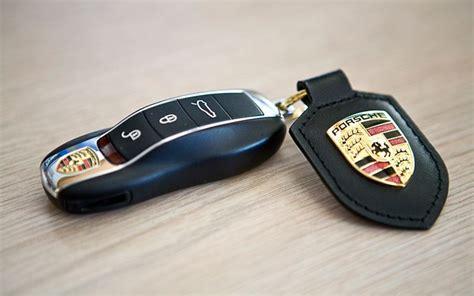 porsche macan key porsche macan car key programming 0581873002