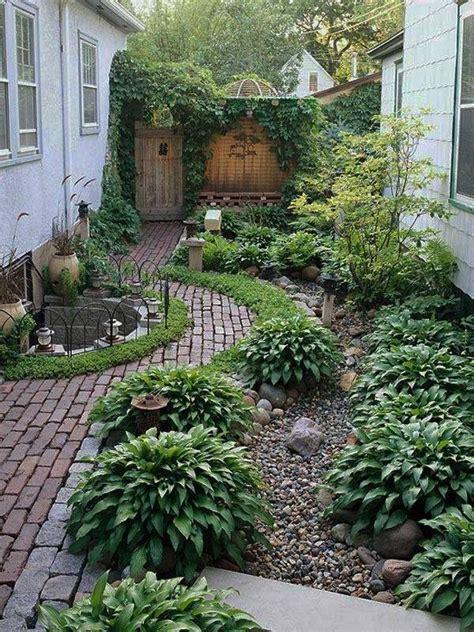 Landscape Ideas Using Hostas River Rock Mulch With Hostas Garden Ideas