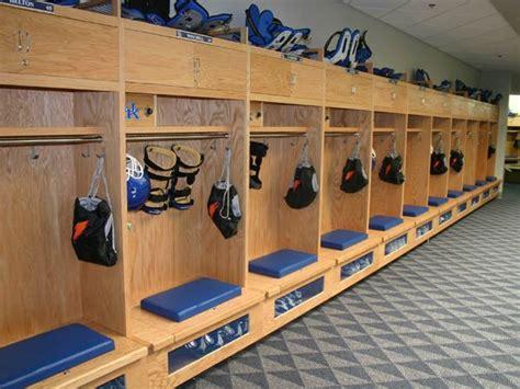 the locker room ky kentucky football locker room 2007 uk football