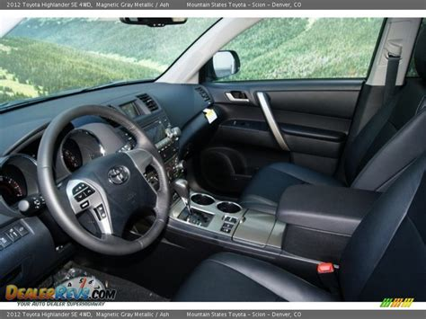 Gray Interior Ash Interior 2012 Toyota Highlander Se 4wd Photo 4