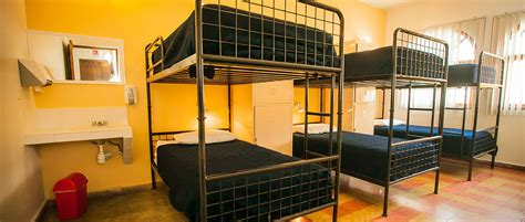 Bunk And Desk Hostal De La Niebla