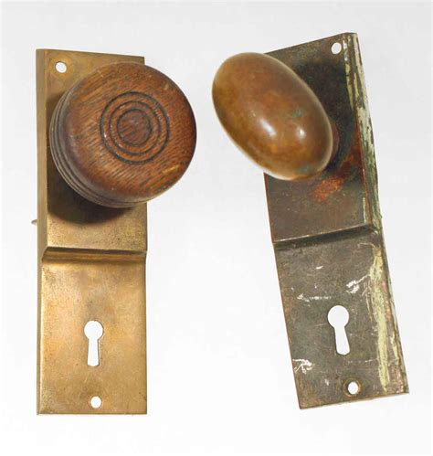 Antique Door Knob Sets by Antique Fixed Knob Set Olde Things