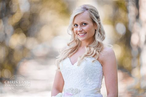 Wedding Dress Photography Ideas by Wedding Photojournalism An Unobtrusive Approach To