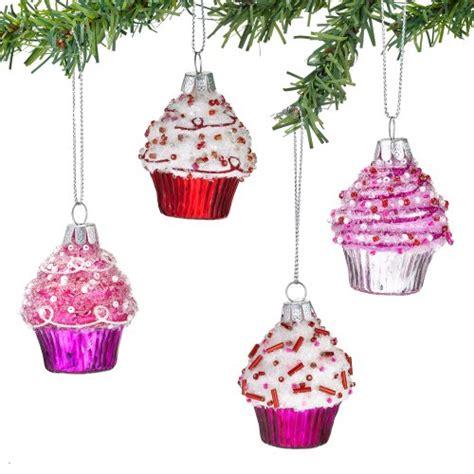a cupcake christmas tree