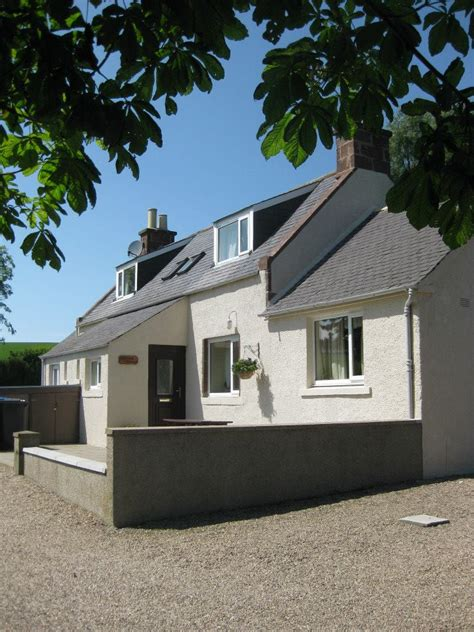 Perkhill Cottages by Ardmiddle Mains Cottages Embrace Scotland