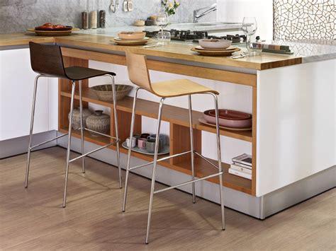 sgabello impilabile sgabello impilabile in acciaio e legno anouk sgabello