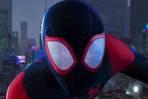 nedlasting filmer spider man into the spider verse gratis it s miles morales turn in new look at spider man into