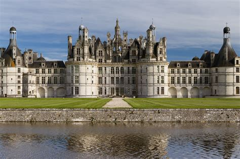 castle images reference for castles palaces and monasteries including