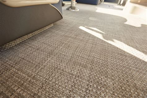 pontoon boat flooring vinyl pontoon carpet vs vinyl carpet vidalondon